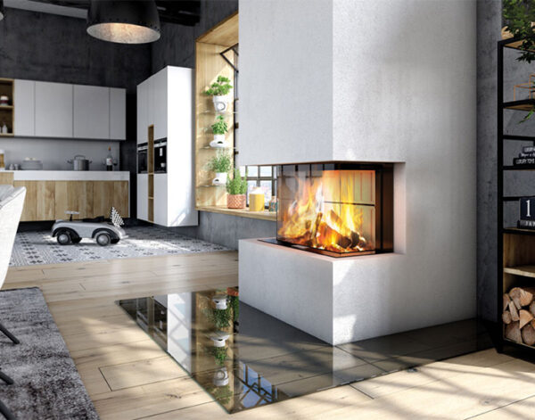 En kamininsats, braskassett med tre glas för att designa och platsbygga en braskamin, eldstad.